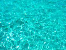 agua limpia piscina